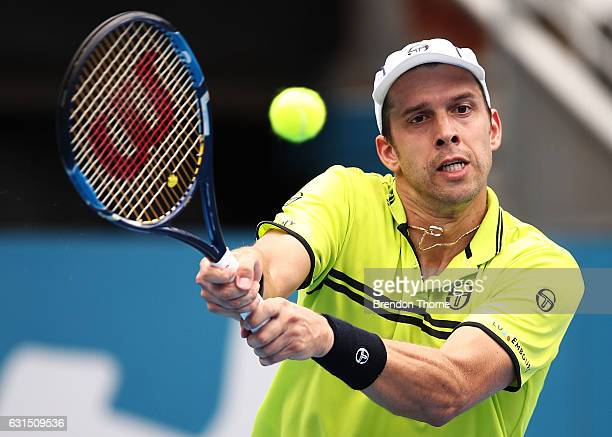 Gilles Muller of Luxembourg plays a backhand in his quarter final match against Pablo Cuevas of Uruguay during day five of the 2017 Sydney...