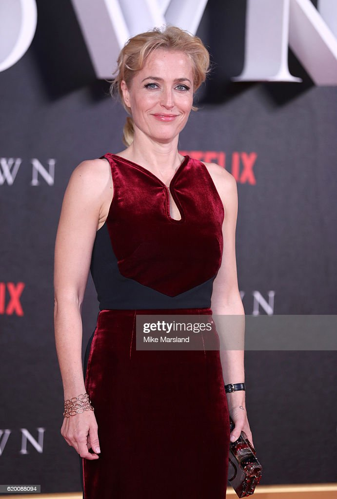 Gillian Anderson attends the world premiere of 'The Crown' at Odeon Leicester Square on November 1, 2016 in London, England.
