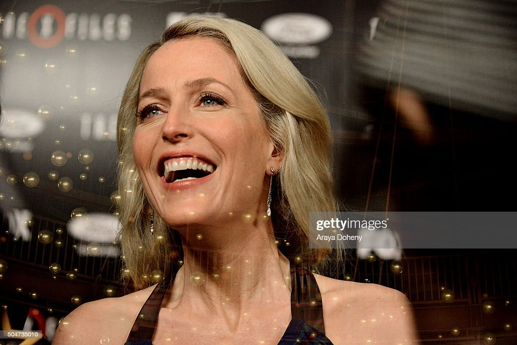 Gillian Anderson attends 'The X-Files' Fox premiere at California Science Center on January 12, 2016 in Los Angeles, California.