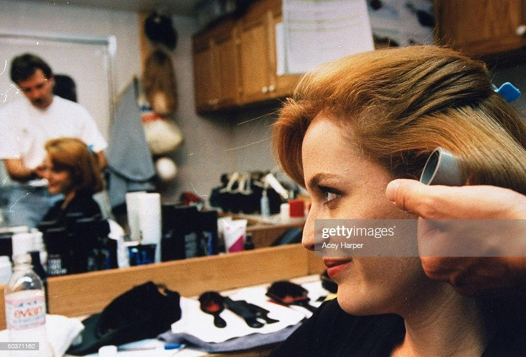 Gillian Anderson : News Photo
