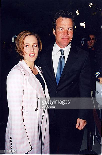 Gillian Anderson & Dennis Quaid at the 1998 premiere of Playing by Heart in Los Angeles.