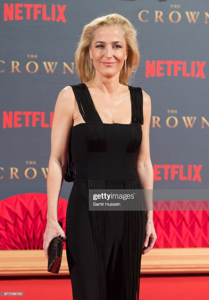 """The Crown"" Season 2 World Premiere - Red Carpet Arrivals : News Photo"