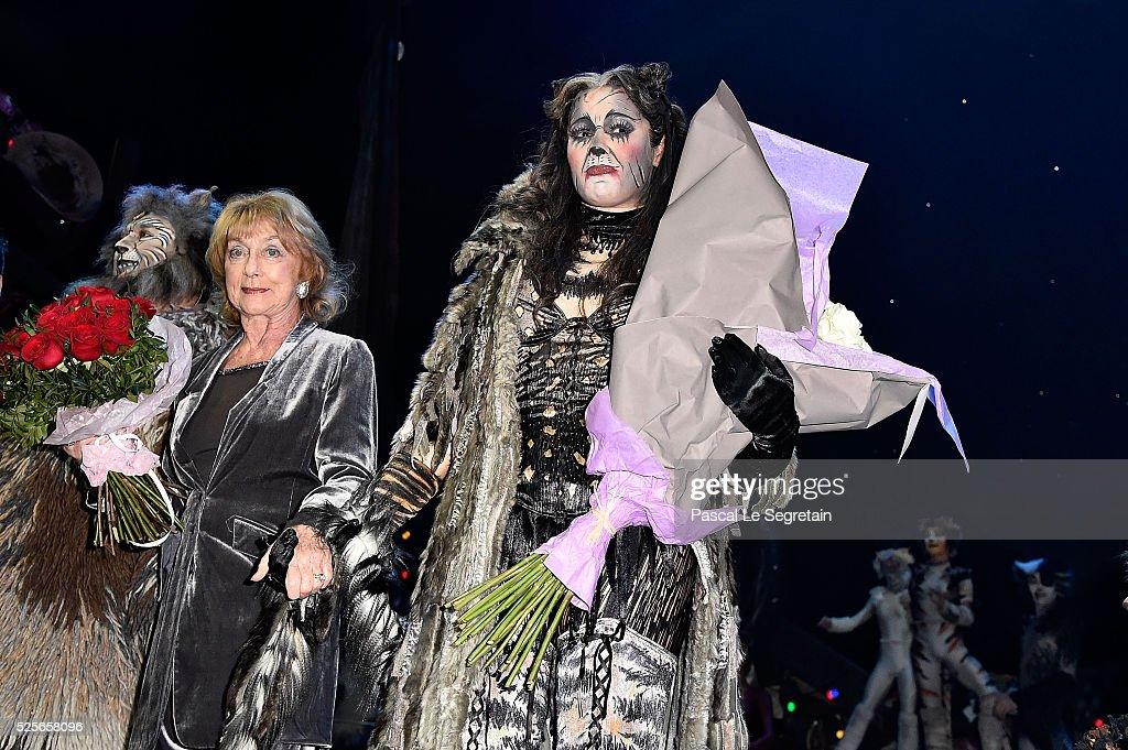Cats Premiere At Theatre Mogador : News Photo