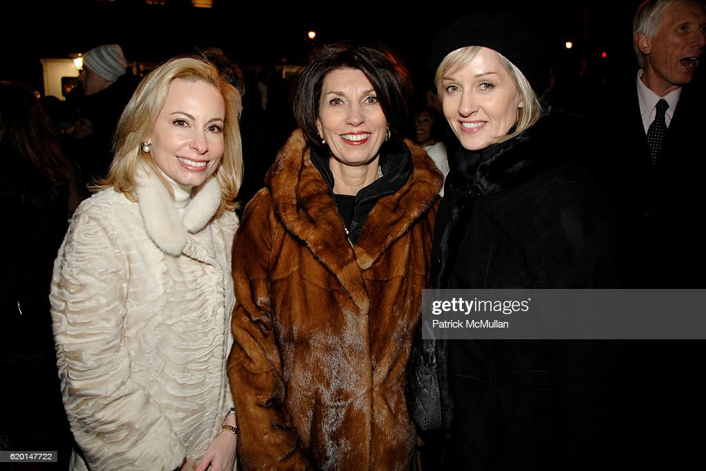 Gillian Miniter Pamela Fiori And Hilary Gumbel Attend Gucci Unicef Hosts Snowflake Lighting With