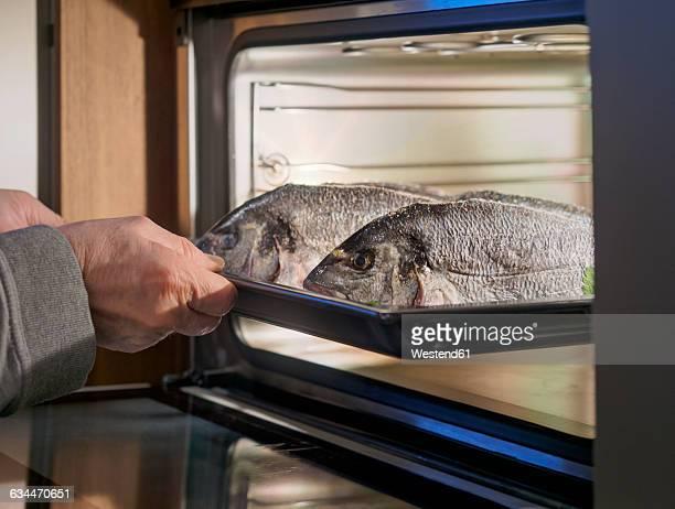 Gilthead seabreams, in the oven
