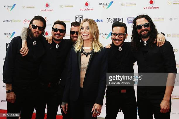 Gin Wigmore and her band pose for a photo on the red carpet at the Vodafone New Zealand Music Awards at Vector Arena on November 19 2015 in Auckland...