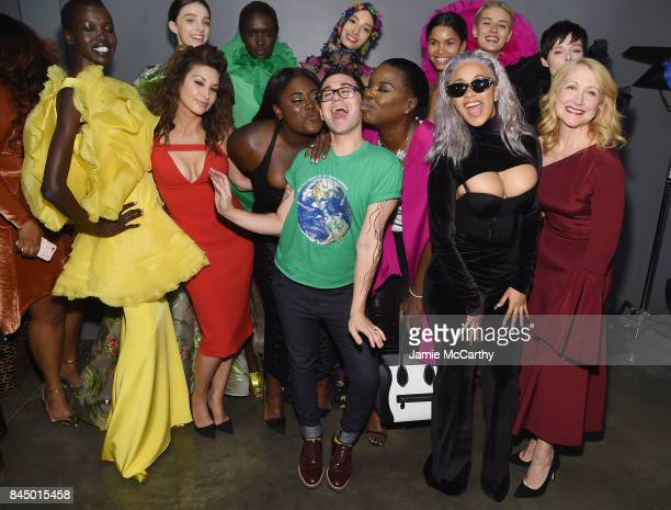 Gina Gershon Danielle Brooks Cardi B Christian Siriano Leslie Jones Cardi B and Patricia Clarkson pose backstage for the Christian Siriano fashion...