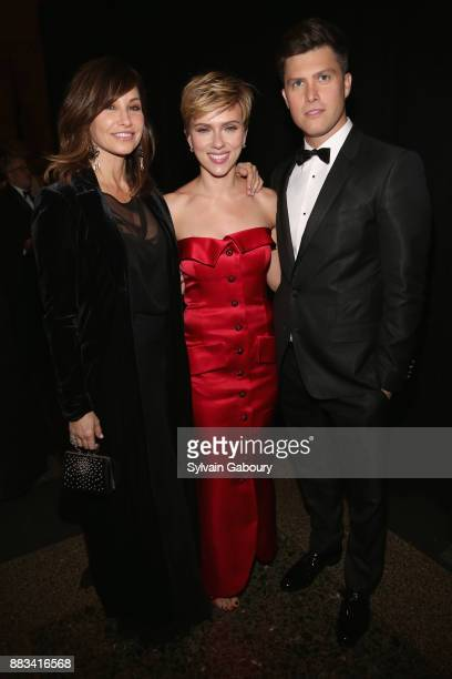 Gina Gershon Scarlett Johansson and Colin Jost attend The 2017 Museum Gala at American Museum of Natural History on November 30 2017 in New York City