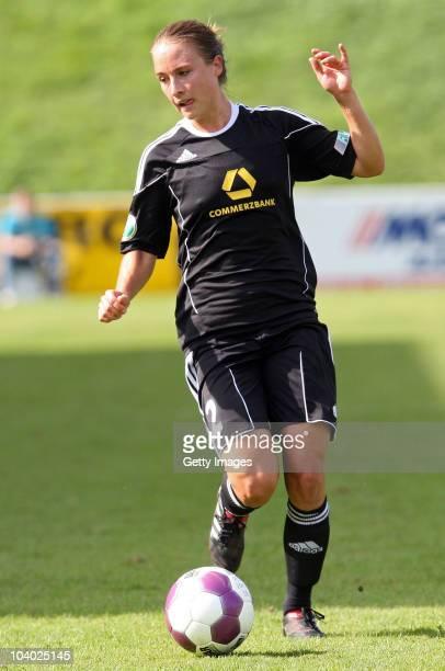 Gina Lewandowski of Frankfurt runs with the ball during the Women's bundesliga match between FCR Duisburg and FFC Frankfurt at the PCCStadium on...