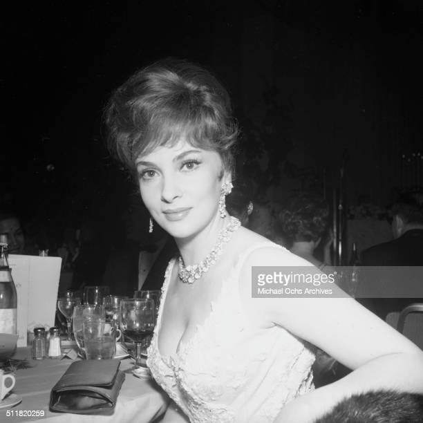 Gina Lollobrigida poses during the Golden Globe Awards in Los AngelesCA