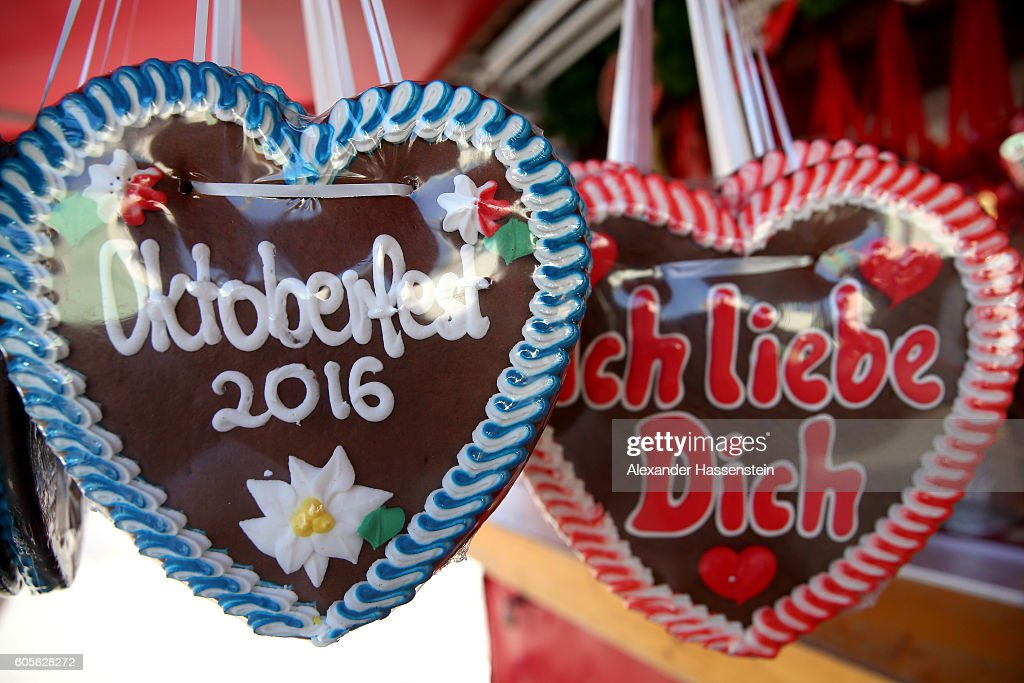 2016 Oktoberfest - Press Preview : News Photo