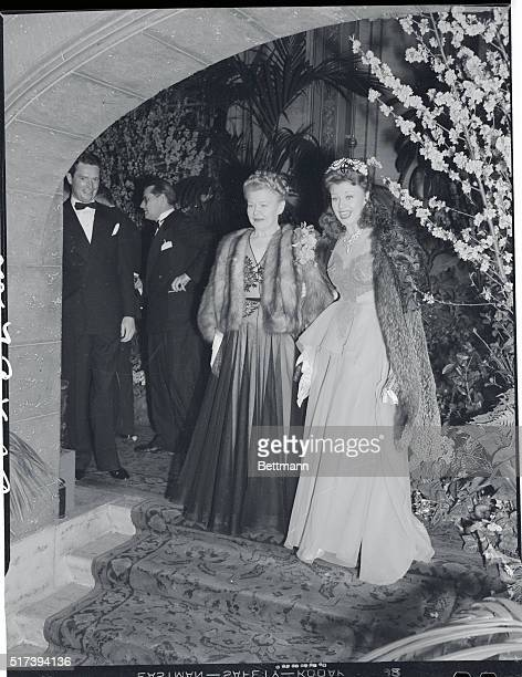 Ginger Rogers crowned the outstanding film actress of 1940 at the Biltmore Bowl tonight shared honors and acclaim with her mother Mrs Lela Rogers...