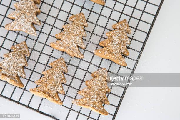 gingerbread christmas trees - cooling rack stock photos and pictures