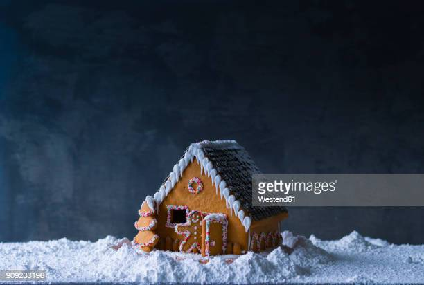 gingerbread house - fake snow stock pictures, royalty-free photos & images