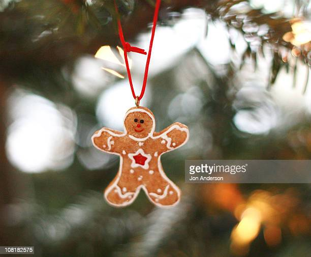 gingerbread man decoration - gingerbread men stock pictures, royalty-free photos & images