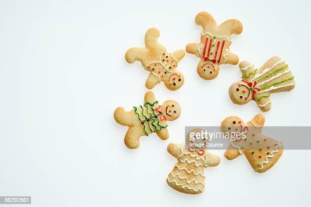 Gingerbread men in a circle