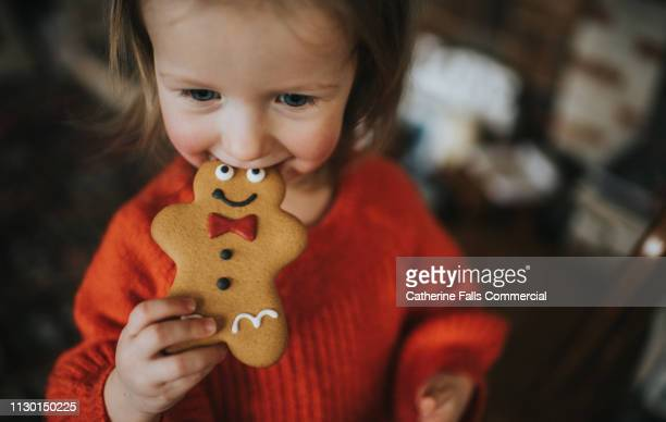 gingerbread men - tradition stock pictures, royalty-free photos & images