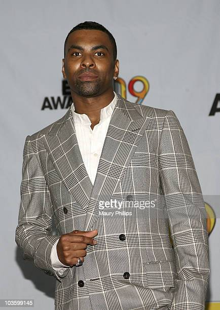 Ginuwine poses in the press room at the 2009 BET Awards at the Shrine Auditorium on June 28 2009 in Los Angeles California