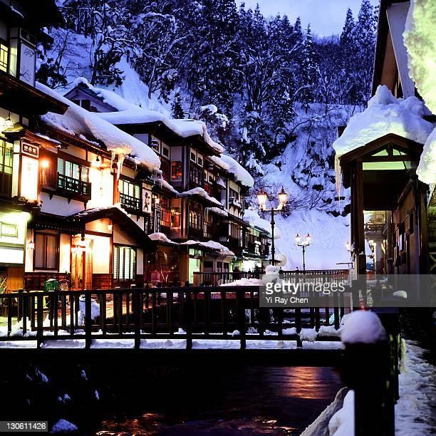 ginzan onsen - 山形県 ストックフォトと画像