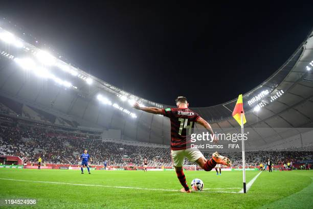 Giorgian De Arrascaeta of CR Flamengo takes a corner kick during the FIFA Club World Cup semi-final match between CR Flamengo and Al Hilal FC at...