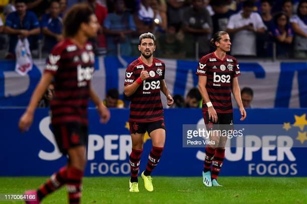 Giorgian de Arrascaeta of Flamengo celebrates after scoring the second goal of his team during a match between Cruzeiro and Flamengo as part of...