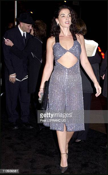 Giorgio Armani party at the Guggenheim museum In New York United States On October 18 2000Annabella Sciorra