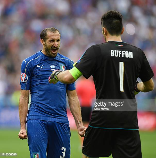 Giorgio Chiellini and Gianluigi Buffon of Italy celebrate their team's 20 win in the UEFA EURO 2016 round of 16 match between Italy and Spain at...