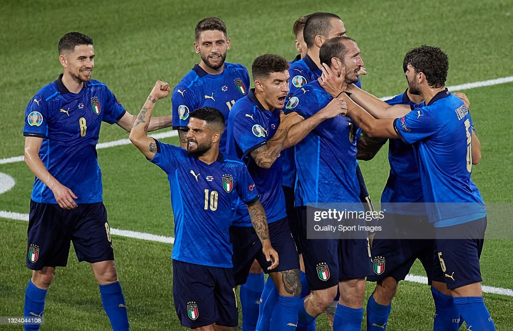 Giorgio Chiellini of Italy celebrates before his goal is ...