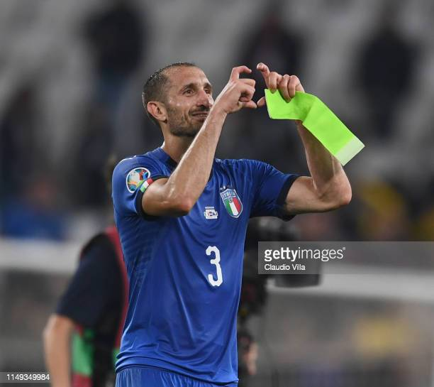 Giorgio Chiellini of Italy celebrates the win at the end of the UEFA Euro 2020 Qualifier between Italy and Bosnia and Herzegovina at Juventus Stadium...