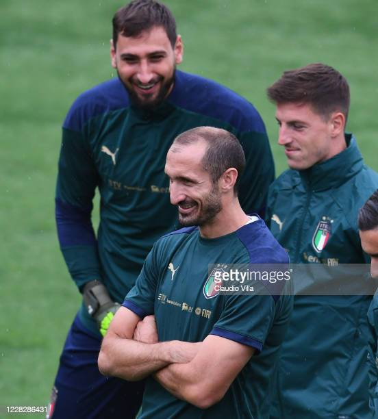 Giorgio Chiellini of Italy smiles during a training session at Centro Tecnico Federale di Coverciano on August 31, 2020 in Florence, Italy.