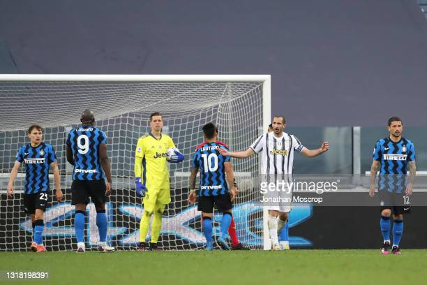 Giorgio Chiellini of Juventus appeals for a foul after Romelu Lukaku of Internazionale put the ball into the net, the effort was intially ruled out...