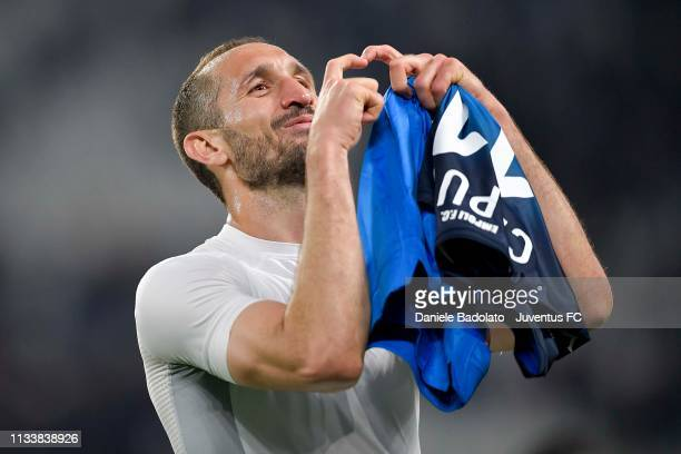 Giorgio Chiellini of Juventus greets the fans and celebrates the victory at the end of the Serie A match between Juventus and Empoli at Allianz...