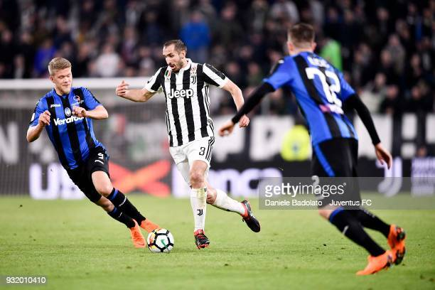 Giorgio Chiellini of Juventus in action during the serie A match between Juventus and Atalanta BC on March 14 2018 in Turin Italy