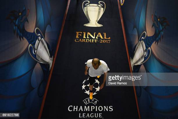 Giorgio Chiellini of Juventus walks down the tunnel after a Juventus training session prior to the UEFA Champions League Final between Juventus and...