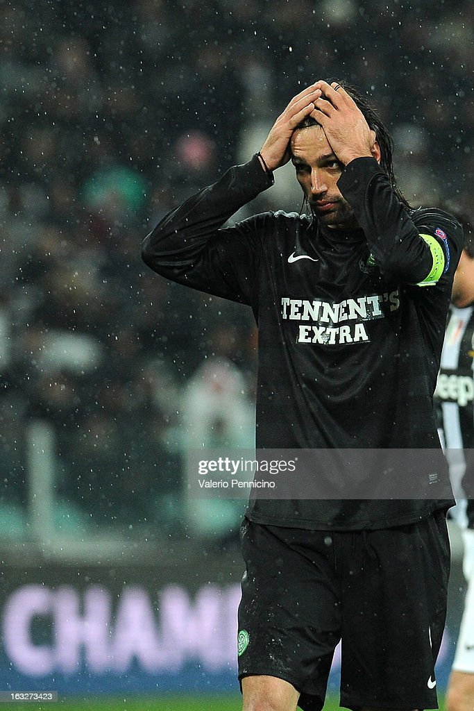 Giorgos Samaras of Celtic looks dejected during the UEFA Champions League round of 16 second leg match between Juventus and Celtic at Juventus Arena on March 6, 2013 in Turin, Italy.