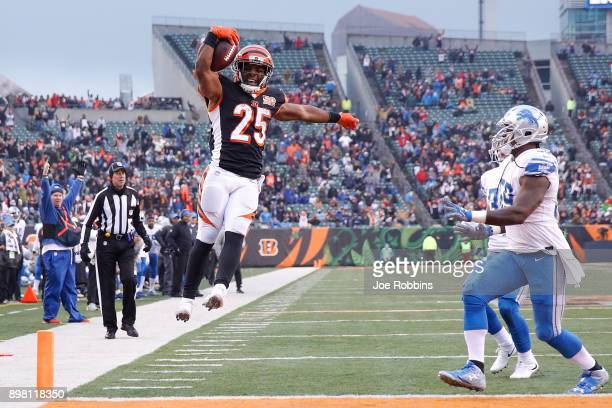 Giovani Bernard of the Cincinnati Bengals jumps into the endzone for a touchdown against the Detroit Lions during the second half at Paul Brown...
