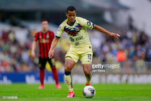 Giovani Dos Santos of America drives the ball during a quarter final first leg match between Club America and Atlanta United as part of CONCACAF...