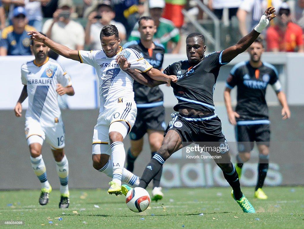 New York City FC v Los Angeles Galaxy : News Photo