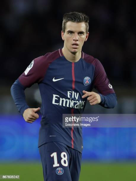 Giovani Lo Celso of Paris Saint Germain during the French League 1 match between Paris Saint Germain v Nice at the Parc de Princes on October 27 2017...