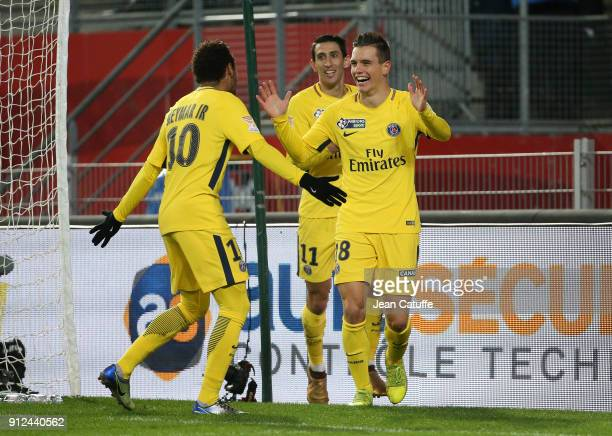 Giovani Lo Celso of PSG celebrates his goal with Neymar Jr Angel Di Maria during the French League Cup match between Stade Rennais and Paris Saint...