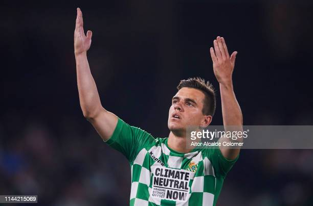 Giovani Lo Celso of Real Betis Balompie celebrates after scoring goal during the La Liga match between Real Betis Balompie and Valencia CF at Estadio...