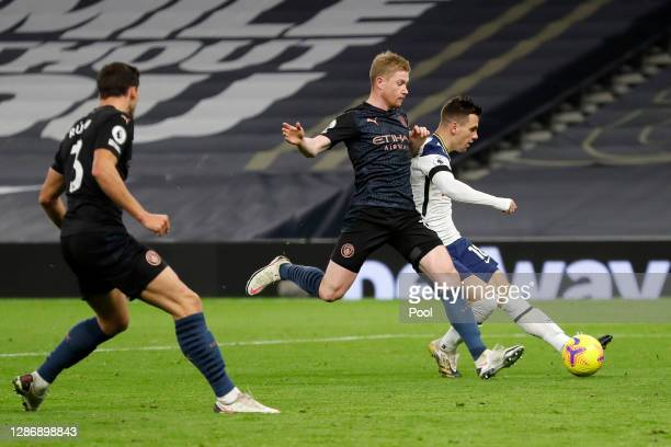 Giovani Lo Celso of Tottenham Hotspur scores his team's second goal during the Premier League match between Tottenham Hotspur and Manchester City at...