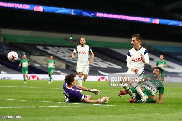 Giovani Lo Celso of Tottenham Hotspur scores their 4th goal during the UEFA Europa League playoff match between Tottenham Hotspur and Maccabi Haifa...
