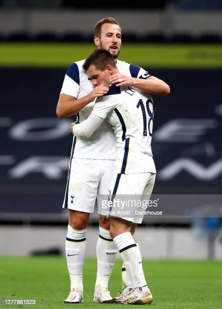 Giovani Lo Celso of Tottenham Hotspurcelebrates scoring his teams fourth goal goal during the UEFA Europa League playoff match between Tottenham...