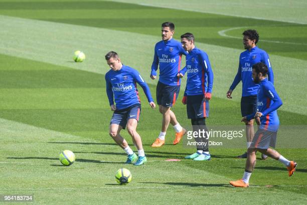 Giovani Lo Celso Yuri Berchiche Angel Di Maria Marquinhos and Daniel Alves of PSG during the Paris Saint Germain Training Session at Camp des Loges...