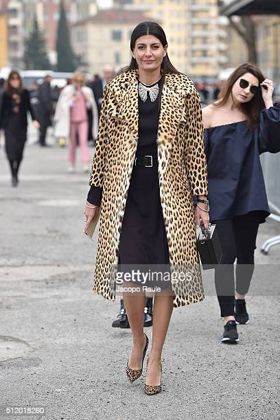Giovanna Battaglia arrives at the Gucci show during Milan Fashion Week Fall/Winter 2016/17 on February 24 2016 in Milan Italy