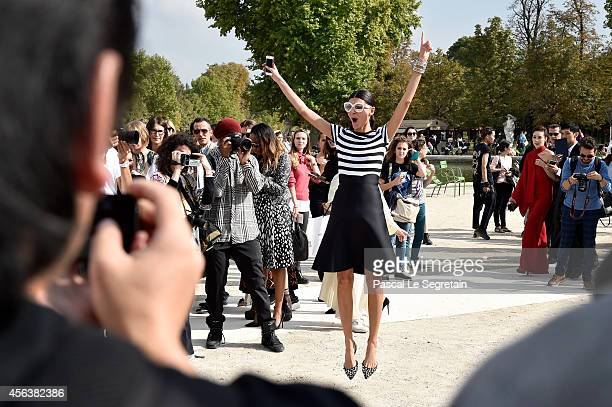 Giovanna Battaglia arrives at the Valentino show as part of the Paris Fashion Week Womenswear Spring/Summer 2015 on September 30, 2014 in Paris,...