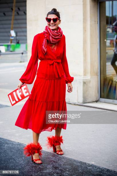 Giovanna Battaglia Engelbert is seen before the Giambattista Valli show during Paris Fashion Week Womenswear SS18 on October 2 2017 in Paris France