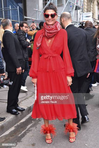 Giovanna Battaglia is seen arriving at Giambattista Valli show during Paris Fashion Week on October 2, 2017 in Paris, France.