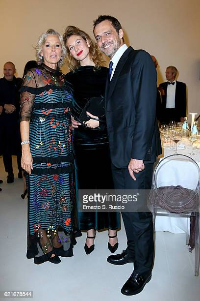 Giovanna Melandri Alessandro Preziosi and Greta Carandini attend the MAXXI Acquisition Gala Dinner 2016 at Maxxi Museum on November 7 2016 in Rome...